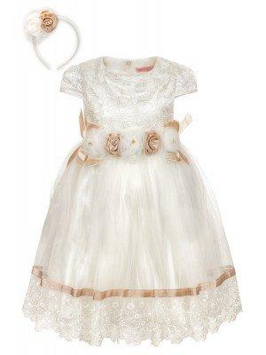 Платье в комплекте с ободком.Верх-гипюровый, низ из сетки на подкладке.Декор-брошь.