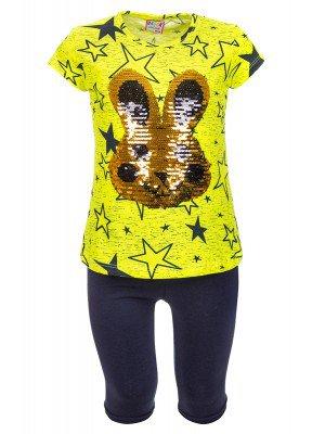 Комплект для девочки: футболка и лосины, декорированы двусторонними пайетками