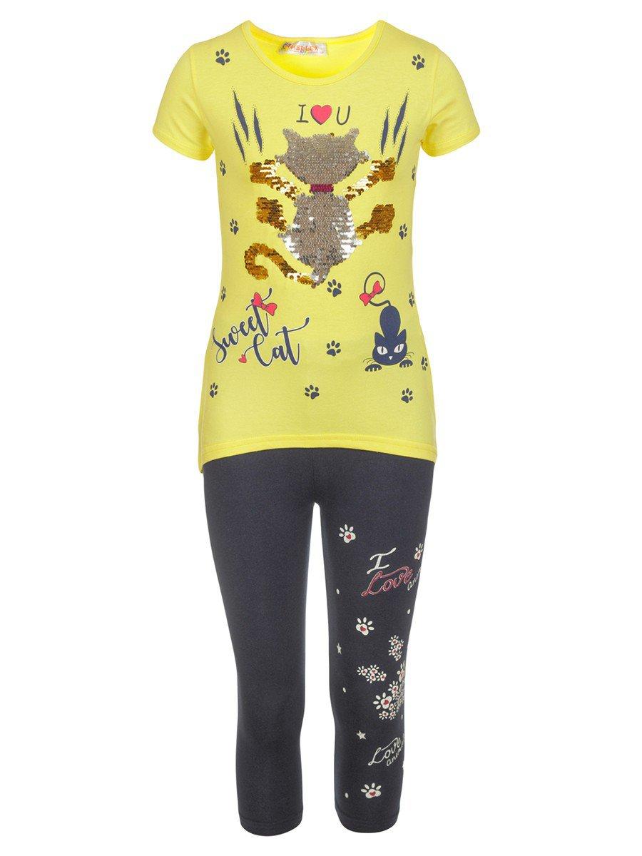 Комплект для девочки: туника и капри декорированы двусторонними пайетками