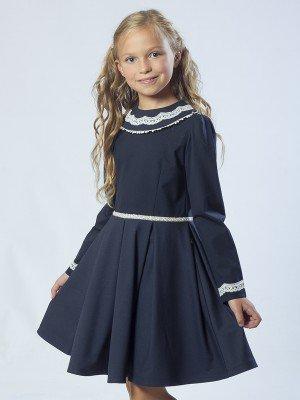 Платье приталенное с расклешенной юбкой в складку