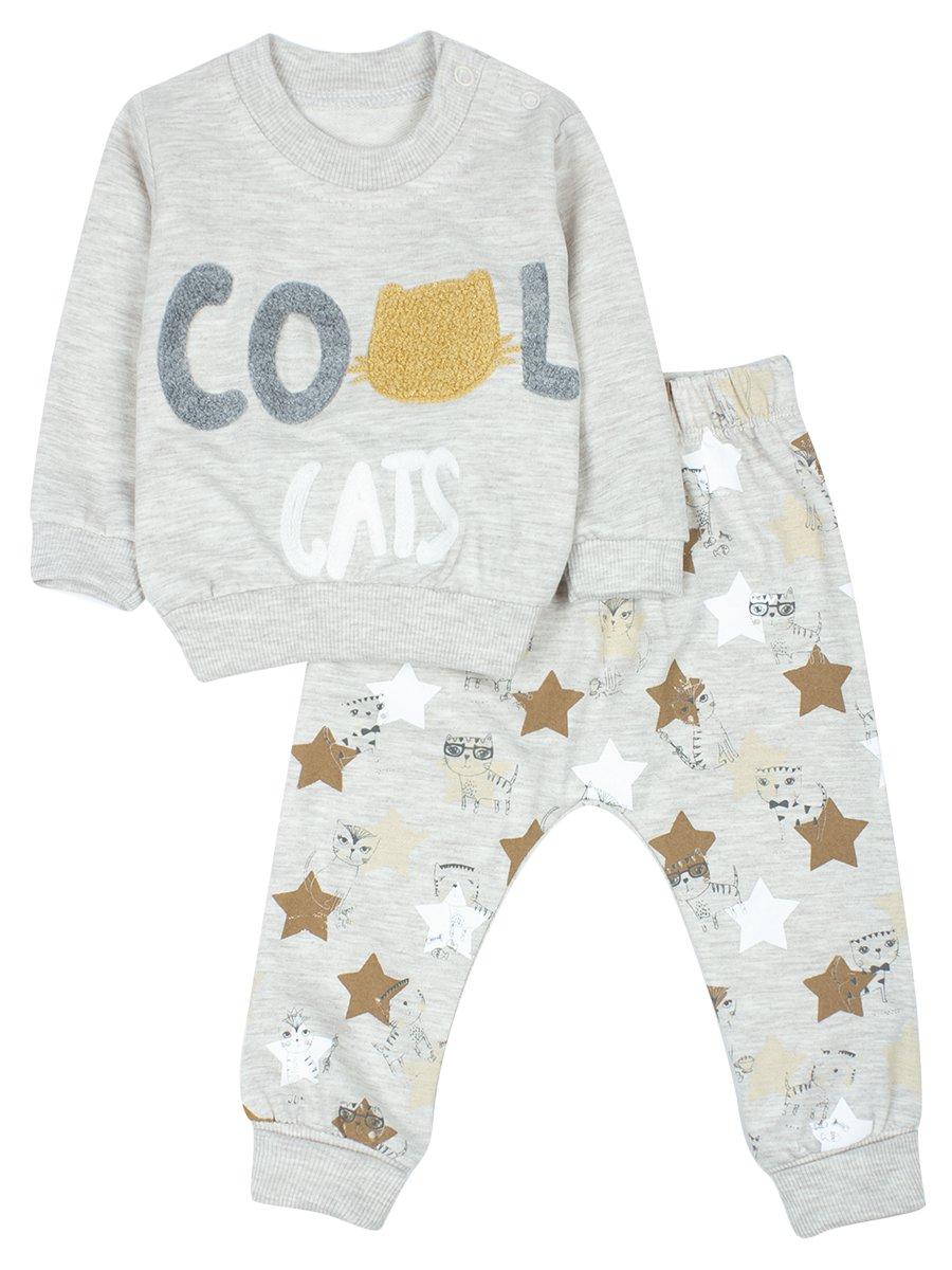 Комплект для мальчика: кофточка и штанишки.