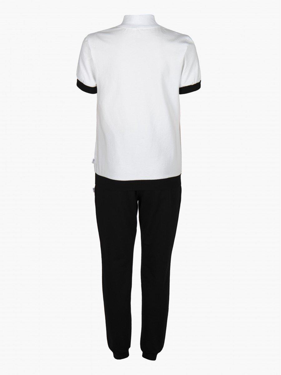 Костюм спортивный: футболка и брюки зауженные со средней посадкой, цвет: белый
