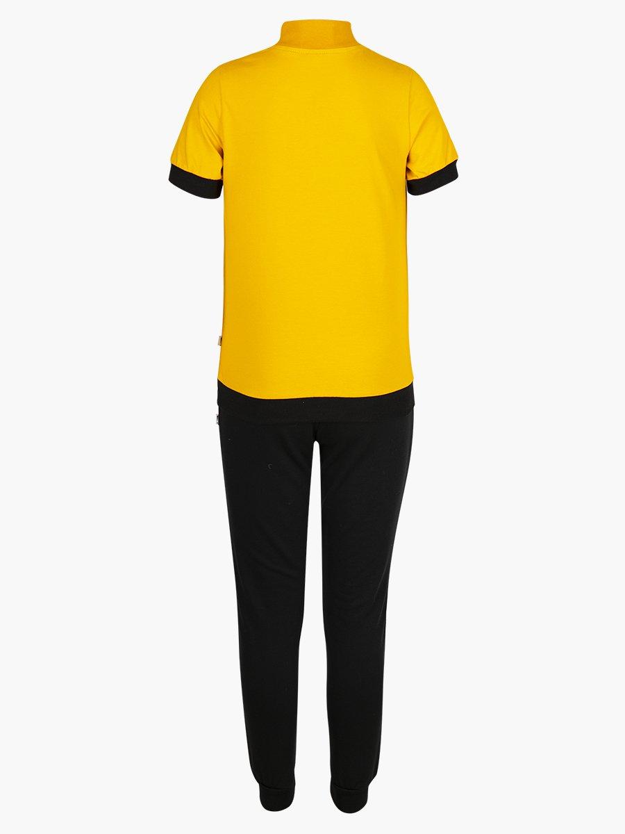 Костюм спортивный: футболка и брюки зауженные со средней посадкой, цвет: горчичный
