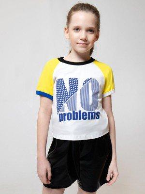 Комплект:футболка укороченная и шорты с завышенной посадкой