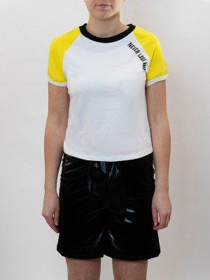 Комплект женский:футболка укороченная и шорты с завышенной посадкой