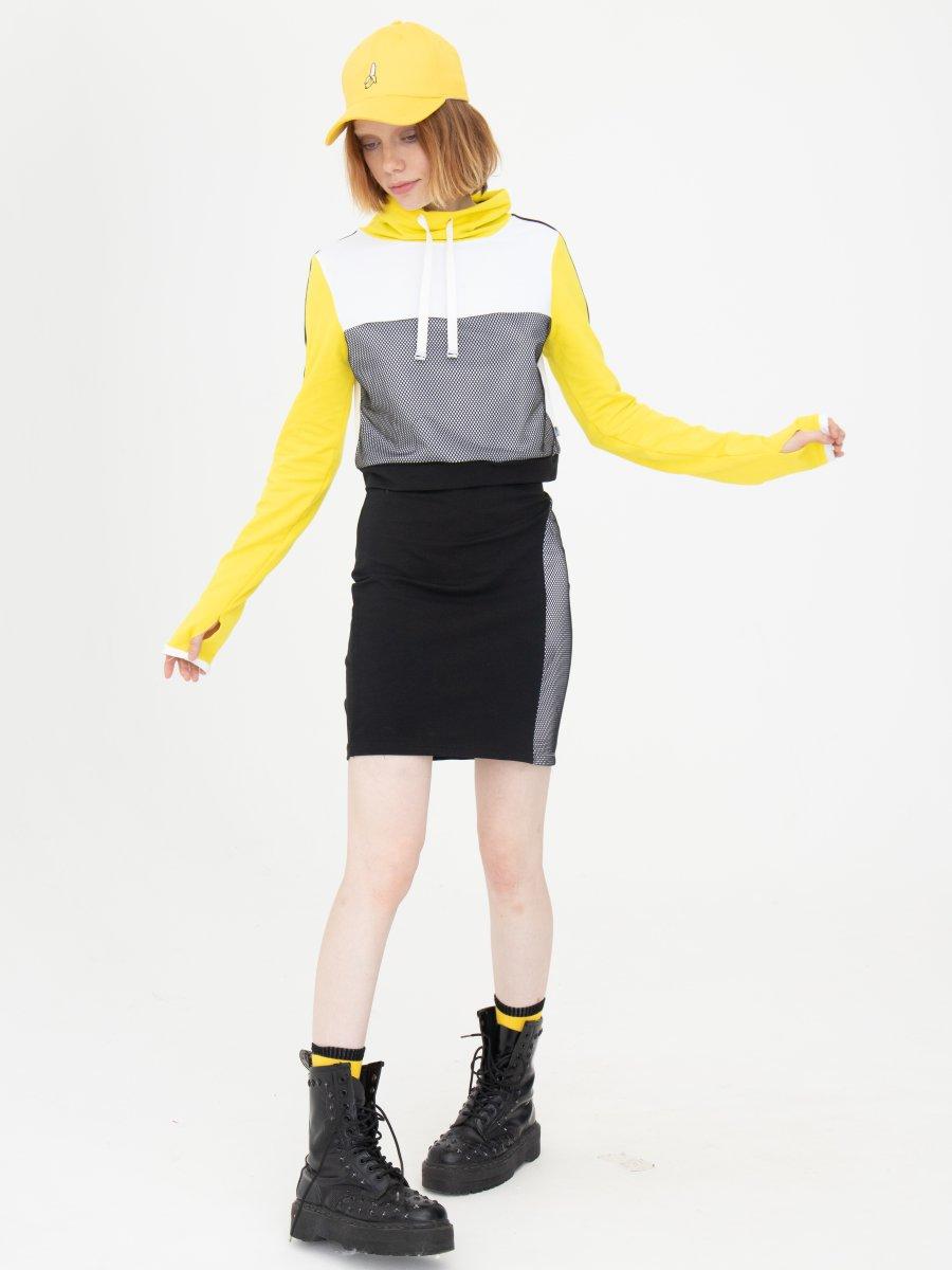 Комплект женский: свитшот укороченный и юбка прилегающего силуэта, цвет: мультиколор