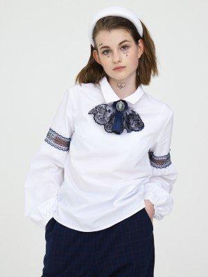 Блузка полуприлегающего силуэта