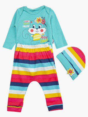 Комплект для девочки: боди, штанишки и шапочка