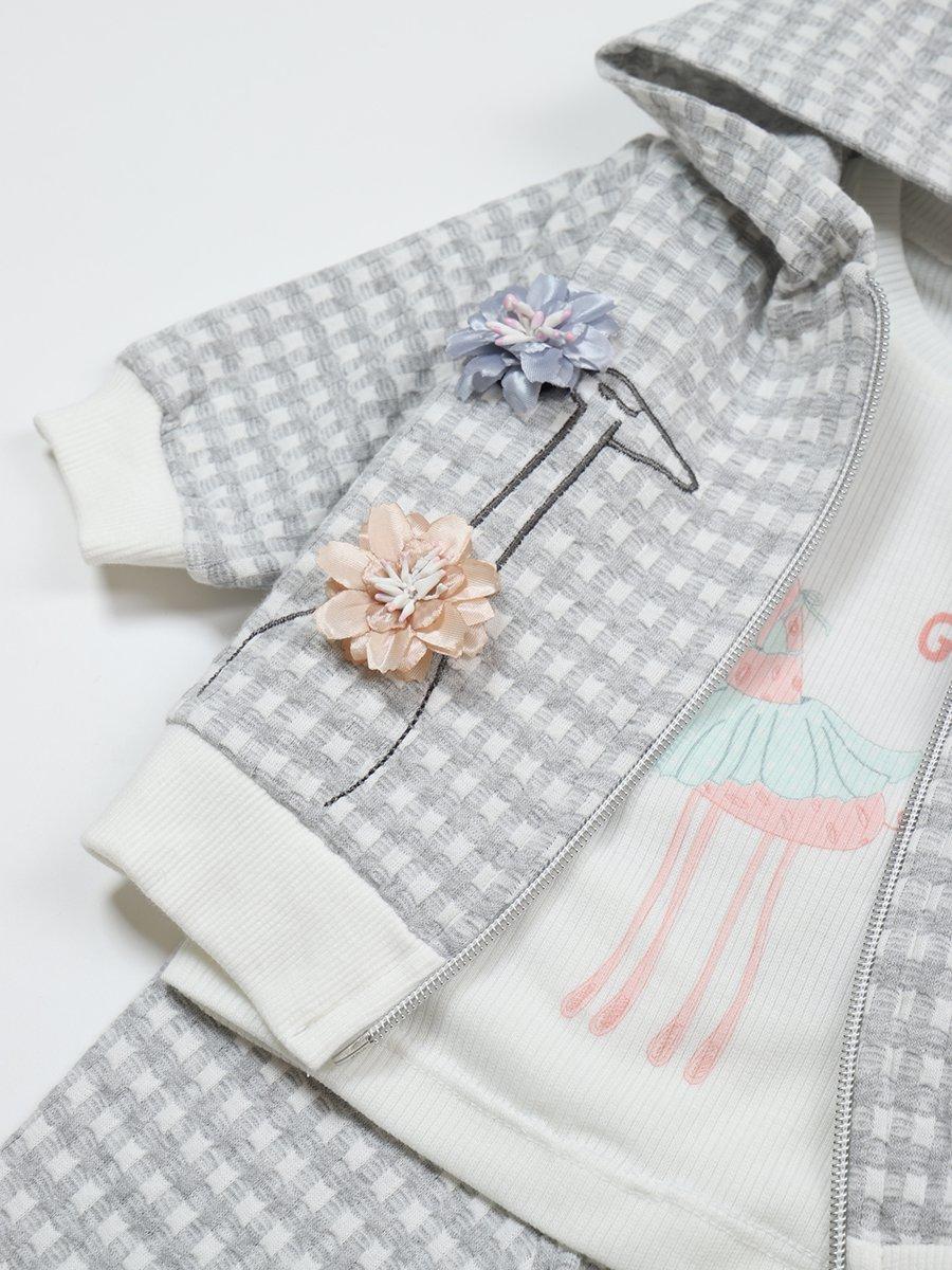 Комплект для девочки: лонгслив, штанишки и толстовка