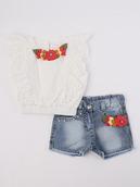 Комплект для девочки: блузка и шорты джинсовые, декор-брошь