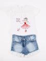 Комплект для девочки: футболка и джинсовые шорты, цвет: белый