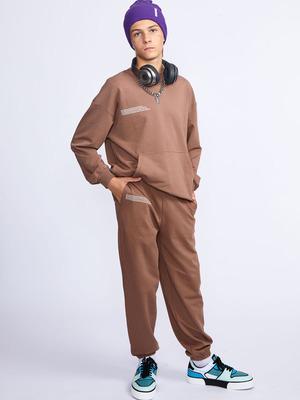 Костюм спортивный:свитшот и брюки