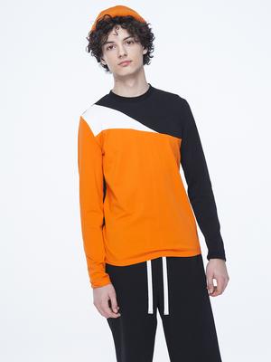 Костюм спортивный:футболка и шорты прямые со средней посадкой