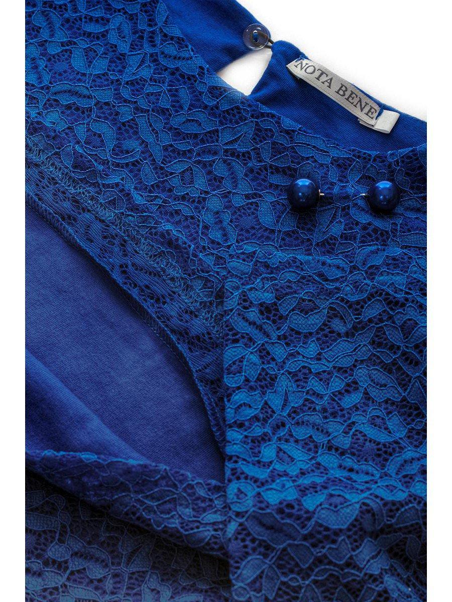 Блузка васильковая нарядная с декором